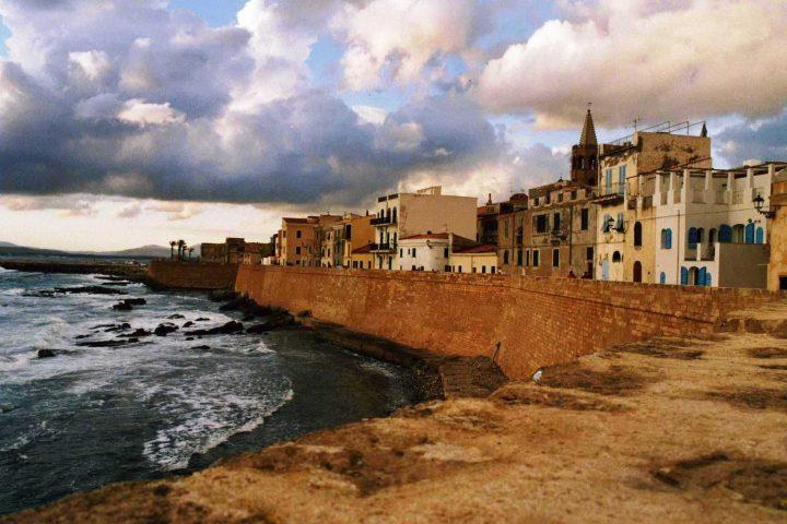 Italy Explore Alghero